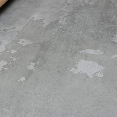 元の厚みとの差が少なく床面が綺麗に仕上がらなかった例